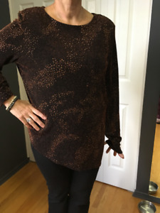 Brown sparkly long sleeved top