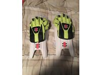 Selling gn men's wicket keeping gloves and pads