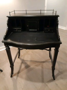 Small make up desk with a chair