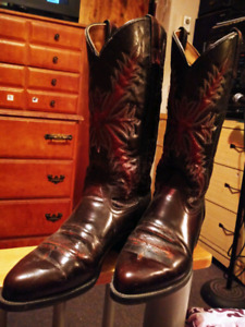 Cowboy boots made in Texas usa New