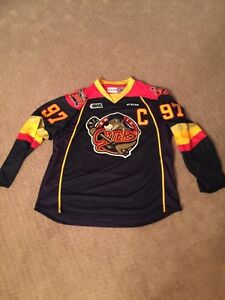 Connor McDavid autographed Erie Otters jersey. Strathcona County Edmonton Area image 2