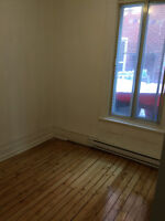 Newly renovated 6½ close to McGill,Cegep Vieux-Mtl,Metro,UQAM