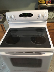 Maytag Glass Top Stove / Oven