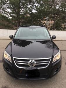 2010 Volkswagen Tiguan SUV,