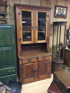 Early Gorgeous Canadiana Pine Pantry Cupboard