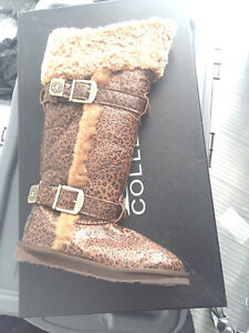 Australia Luxe boots size 5