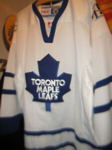 Toronto Maple Leafs Hockey Team Jersey CCM Made in Canada New