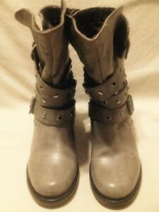 Ladies Almost New Steve Madden Grey Leather Moto Boots 7M