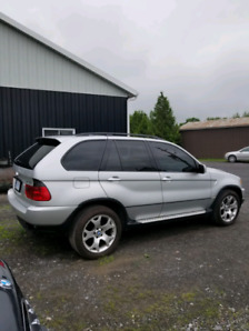 Perfect BMW ... X5 ... ONLY 115,000 KM ... call 613-806-8686