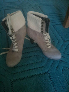 Ladies' high heeled lace-up boots Peterborough Peterborough Area image 1