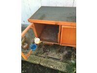 Rabbit hutch / Chicken hutch