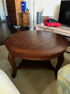 SELLING LARGE TABLE