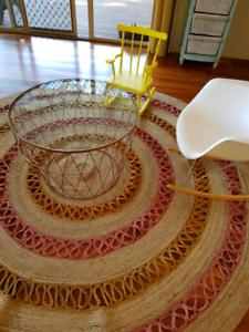 Large natural jute round rug approx. 2.4m diametre