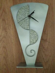 Modernistic clock