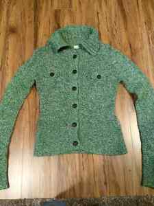 Green sweater Kitchener / Waterloo Kitchener Area image 1
