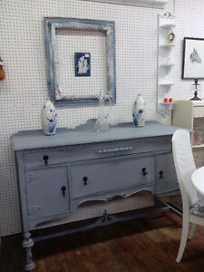 CHALK PAINTED SIDEBOARD BUFFET