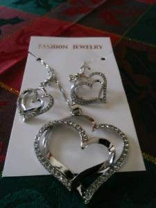 Gold or silver plated heart and earing set..