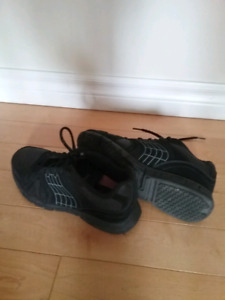 LADIES SNEAKERS, EXCELLENT CONDITION