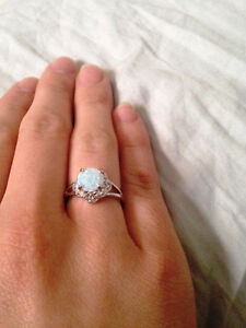 Size 6 Stunning Opal Statement Ring - Sterling Silver