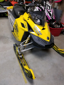 2008 skidoo mxz x 800r. Whole or part out