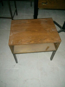 Coffee and End Tables $10 each Kawartha Lakes Peterborough Area image 1