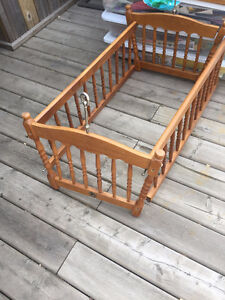 swinging wood  cradle for baby
