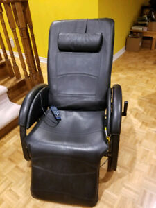 Massage or facial chair like new for sell