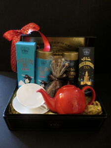 TWG Gift Basket: Full, NEW, box included!!