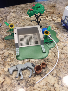 Playmobil Grocery Store & Horse washing station