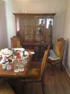 Antique Oak Dinning Room Set