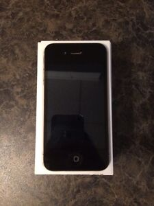 iPhone 4s 16gig (Telus) excellent condition