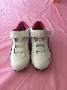 New size 11 girls Puma running shoes