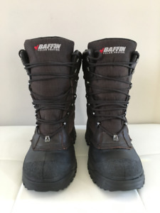 Men's Baffin Crossfire Winter boots - Size 10 in almost new cond