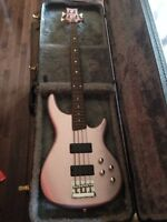 Daisy Rock Bass Guitar - Rock Candy w/ Hard Case