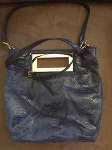 Coach and Guess bags for Sale Kitchener / Waterloo Kitchener Area image 8