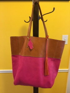 "Like New Roots All Leather Large Tote Bag 15""x11""x5"" Veg Stained"