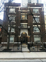 96 Isabella - Bachelor Apartment - 1 Month FREE!!