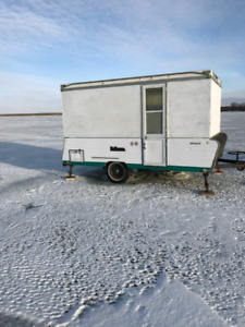 Ice fishing trailer