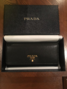 LIMITED TIME SALE: NEW Women's Black Leather Prada Wallet