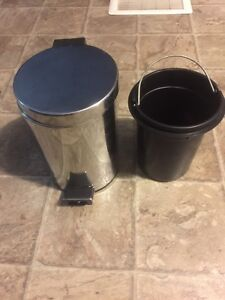 Small Stainless Steel Waste Can Kitchener / Waterloo Kitchener Area image 1