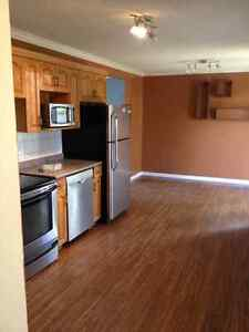 House For Rent-Humboldt-Three Bed/2 bath Bungalow-Avail Aug 1st