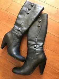 Miz Mooz Genuine Leather Boots-- size 6.5 Kitchener / Waterloo Kitchener Area image 1