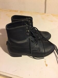 Girls size 1  Horseback Riding Boots
