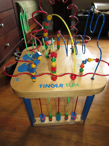 Educo Finger Fun Table with Peek-a-Boo Panel