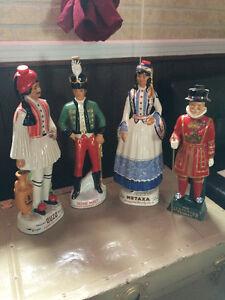 Bouteilles de boisson figurines