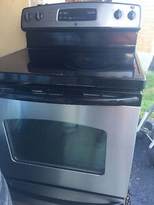 Stainless steel GE Electric Stove Kitchener / Waterloo Kitchener Area image 1