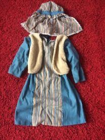 Shepherd costume/inn keeper
