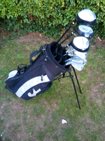 Men's Left Handed Golf Set and Bag