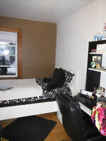 Room in quiet, clean shared home close to LU - $399 all inclu.