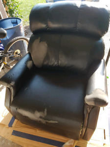 Lift Chair $75